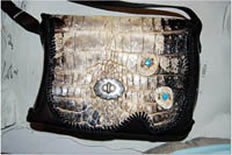 purse, handbag, alligator, cow, horn ladies