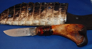 Alligator Leg Bone Knife Handle with Gator leather sheath