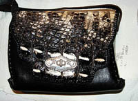 purse, handbag, alligator, ow, horn ladies